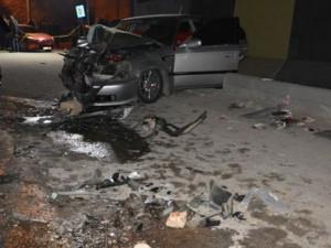 Ergani'da feci kaza! İki araç kafa kafaya çarpıştı: 1 ölü, 5 yaralı